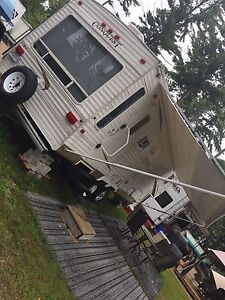 Fifth wheel Conquest 2005