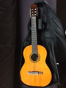 Yamaha, classical guitar, 3/4 size, with case(soft)