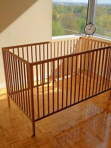 Ikea solid wood crib convertible to toddler bed