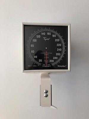 Welch Allyn Ce0297 Blood Pressure Meter Sphygmomanometer