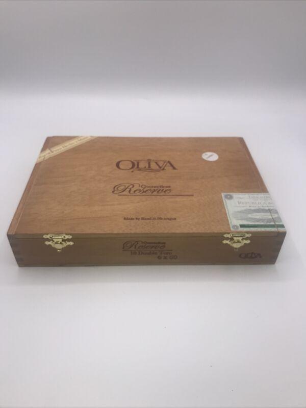 Oliva Empty Wooden Cigar Box Connecticut 10x7