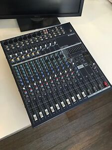Yamaha EMX5014C 14-Channel 500W Powered Mixer Cronulla Sutherland Area Preview