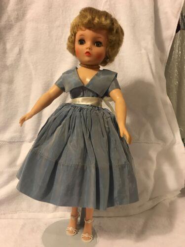 """19"""" 1950's High Heel Fashion Doll """"S2""""- Uneeda"""