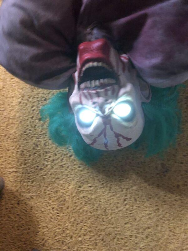 Rare Spirit Halloween Bloody Bag of Jokes Clown Animatronic Prop.