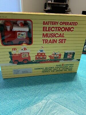 Vintage Electronic Musical Train Set Battery Operated 3 Songs Original Box