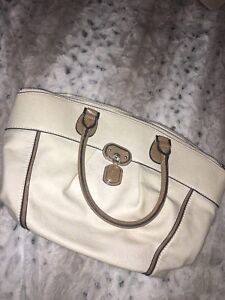 White Guess Purse and matching Wallet