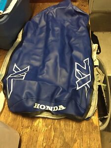 1985-1989 Honda xl250  now genuine Seat cover