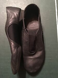 Jazz shoes, size 5 1/2 St. John's Newfoundland image 2