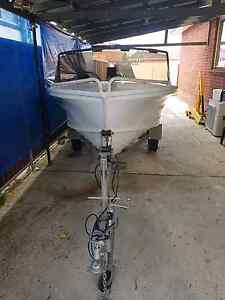 QuintRex 4meter runabout Condell Park Bankstown Area Preview