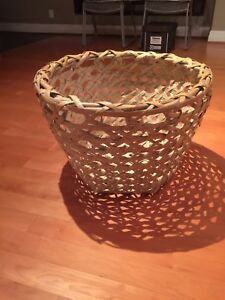1970's Vintage Giant 2ft. Wicker Basket