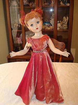 "20"" R&B  - Strung HP - Floss Hair - Original Dress - Beautiful doll!!"