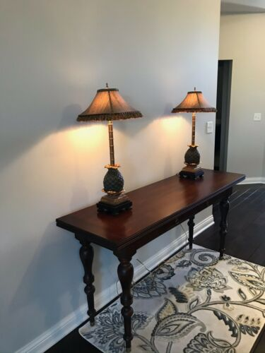 Ethan Allen British Classics Dining Table that converts to Sofa Table