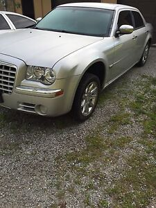 2006 Chrysler 300 C parting out
