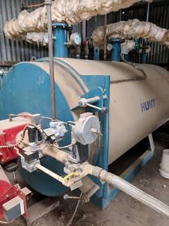 BOILER - NATURAL GAS HOT WATER INDUSTRIAL HUNT BOILER
