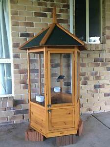 Large Hexagon Bird Cage Dayboro Pine Rivers Area Preview