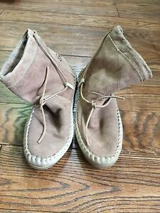 Soft Moc leather ankle moccasin boots sz 8 $20