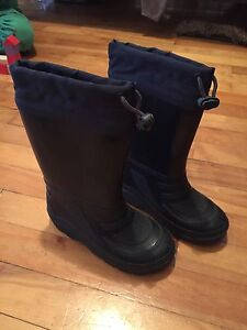 Bottes d'hiver NEUVES/winter boots NEW!!
