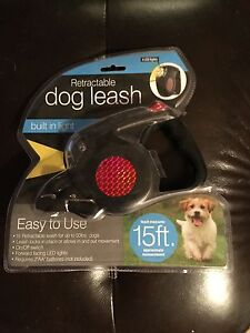 15' Retractable Dog Leash w/ built in light!!