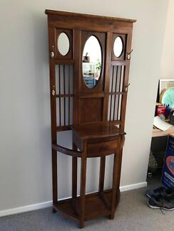 Timber hallway hat stand