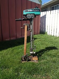 Cruise N Carry 1 1/2 HP Outboard Motor