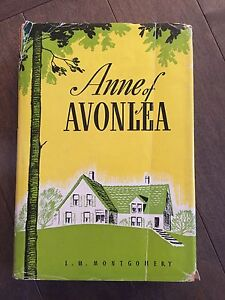 ANNE OF AVONLEA-L.M. MONTGOMERY hard cover