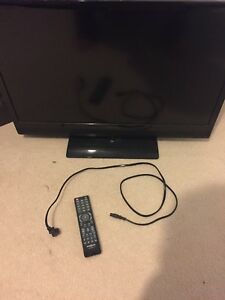Insignia 32 inch flat screen tv