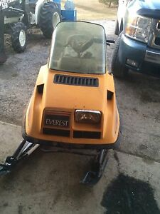 1977 skidoo Everest electric 440
