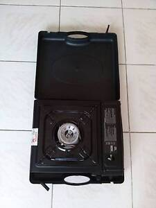GASMATE CAMPING STOVE - With Carry Case. Little used Glenroy Moreland Area Preview