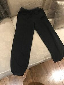 Boys Roots Sweatpants Size 8