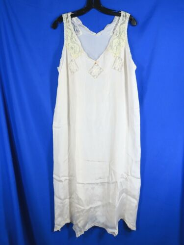 Vintage ANTIQUE? IVORY SILK CHARMEUSE Night Gown Lingerie LACE TRIM Embroidery L