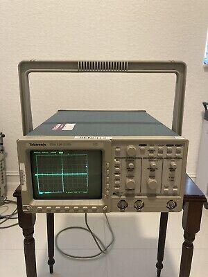 Tektronix Tds320 100 Mhz Digital Real-time 2-ch Oscilloscope Tds 320
