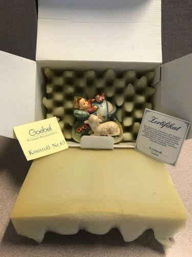 """Goebel Hummel figurines, Germany, M I Hummel """"The Guardian"""" 3.00"""" Hum 455, OB"""