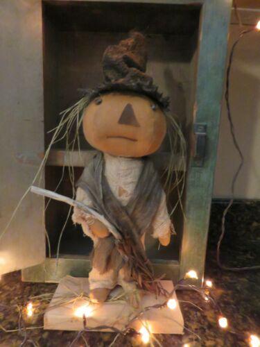 Primitive Pumpkin Head Witch
