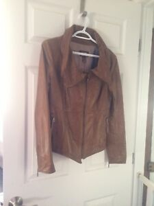 Beautiful Danier leather jacket