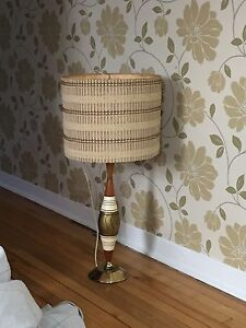 2 Vintage 1950s Table Lamps!