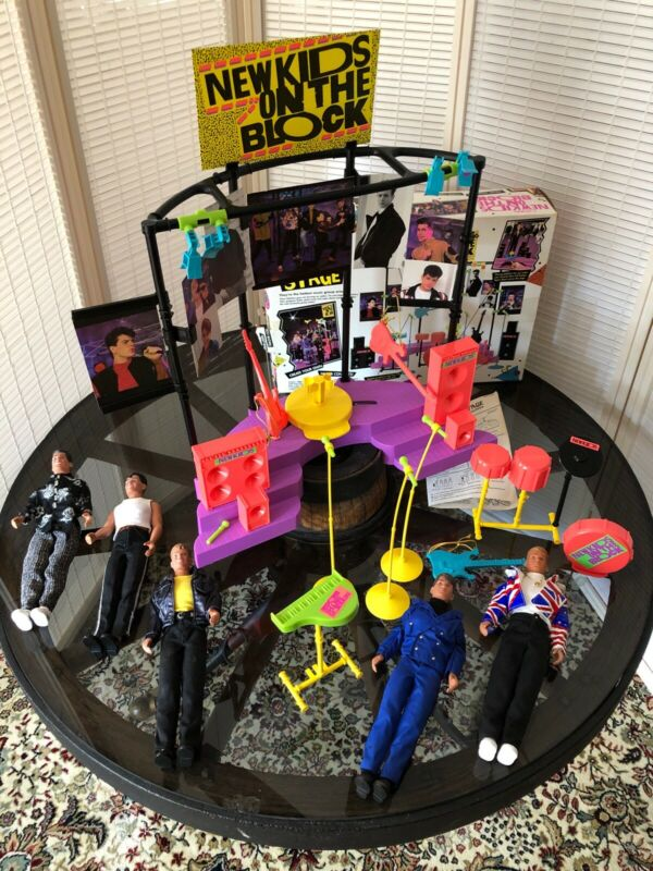Vintage New Kids On The Block 5 Figures With Stage