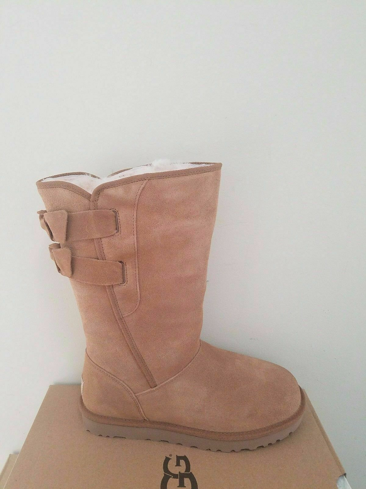 3686c6ae0d5 UGG Australia Women's Allegra Bow BOOTS Size 5
