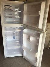 Samsung 210 lt fridge Berkeley Vale Wyong Area Preview