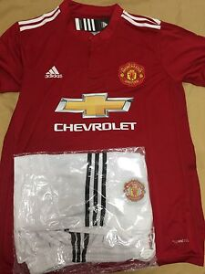 Manchester United new kit 2017/2018 size M