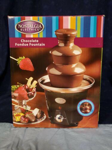 Nostalgia  electrics chocolate fondue fountain 24 oz capacit