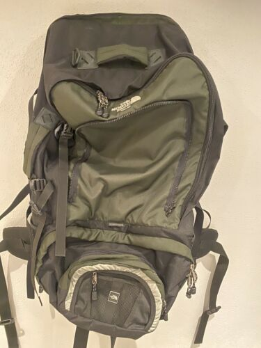 The North Face 100 20 Green Black Backpack - $45.00