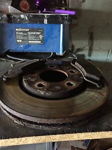 Lightly use brakes and rotors (06 dodge base caravan)