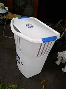 Dirty washing basket Laundry hamper Swing top lid Narraweena Manly Area Preview