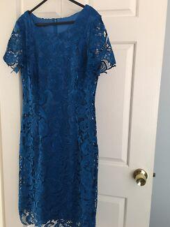 Lace dress 12 south