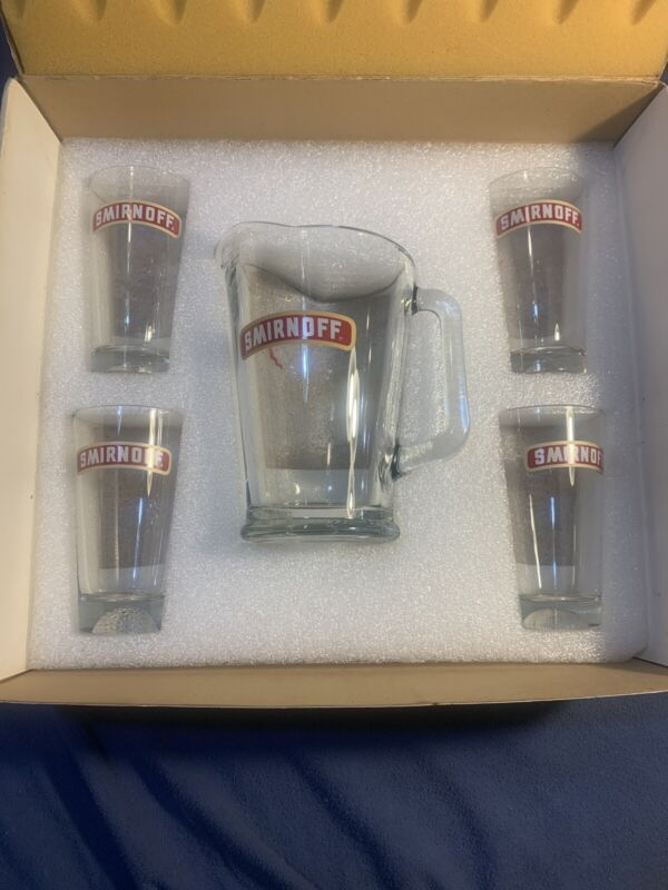 Smirnoff Vintage Cocktail Glass Set Four Cups And Large Pitcher Sports Cups Rare