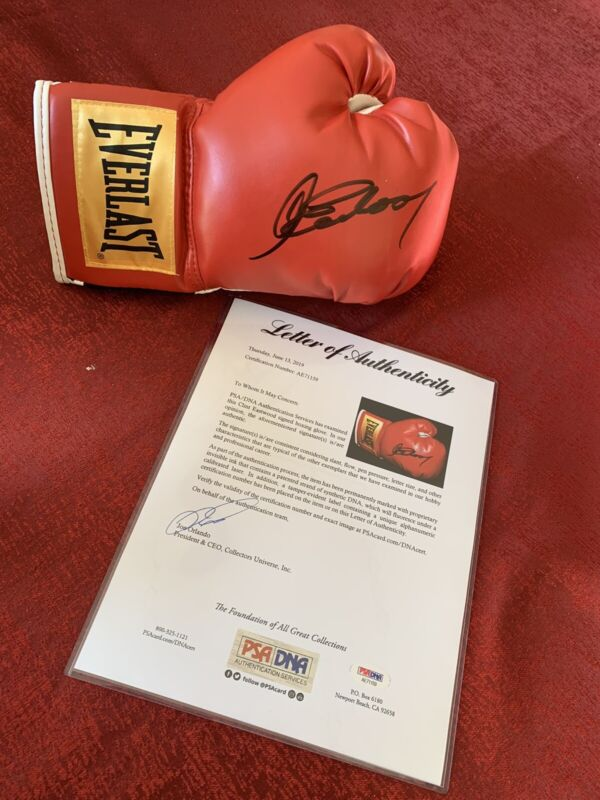 Clint Eastwood autograph boxing glove PSA/DNA