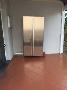 Fridge stainless steel - must go by monday