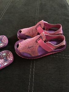 Toddler size 10 girls sandals (St. Thomas)