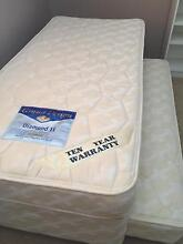 Single beds Tuncurry Great Lakes Area Preview