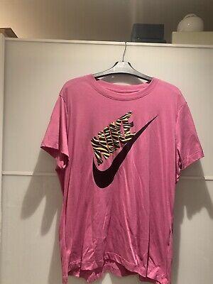 Nike Women T Shirt